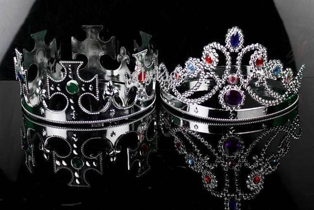 princess-crown-king-crown-queen-crown-plastic-647x434
