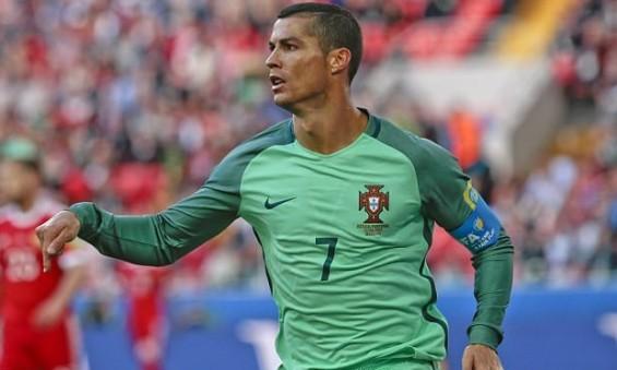 sr4-22062017-x-FIFA-Confederation-Cup-Cristiano-Ronaldo-vs-Russia-002