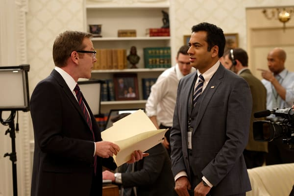 13-great-kal-penn-designated-survivor-tweets-and-instagrams