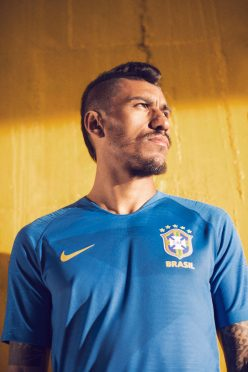 brasile-maglia-away-248x372